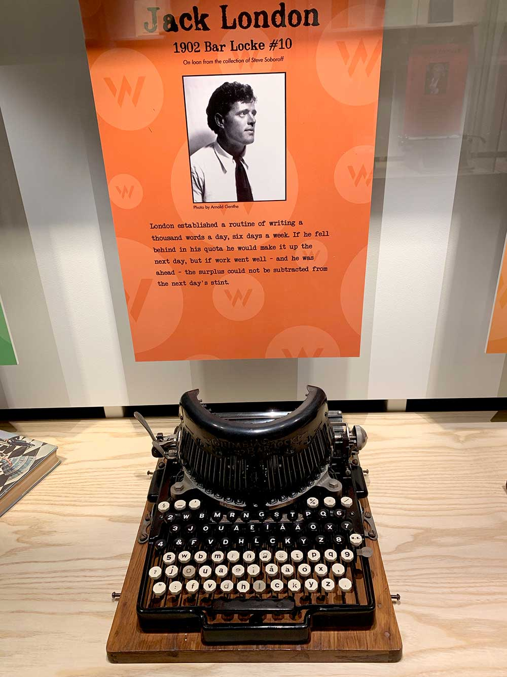 Museum display shows Jack London's 1902 Bar-Lock typewriter. This machine bears little resemblence to later typewriters and has separate keys for uppercase and lowercase letters, as well as keys for numbers seemingly scattered at random. It could pass for a spy coding and decoding device.